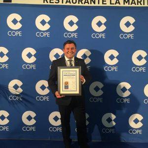 entrega premios COPE 2017 a Jorge Muñoz Roig por su trayectoria profesional